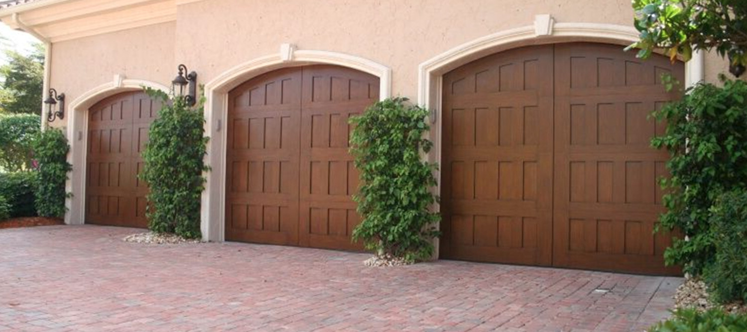 Doors d and d garage doors one of the most fun things about buying a garage door today are all of the options available to us homeowners have the ability to dream it and we make rubansaba