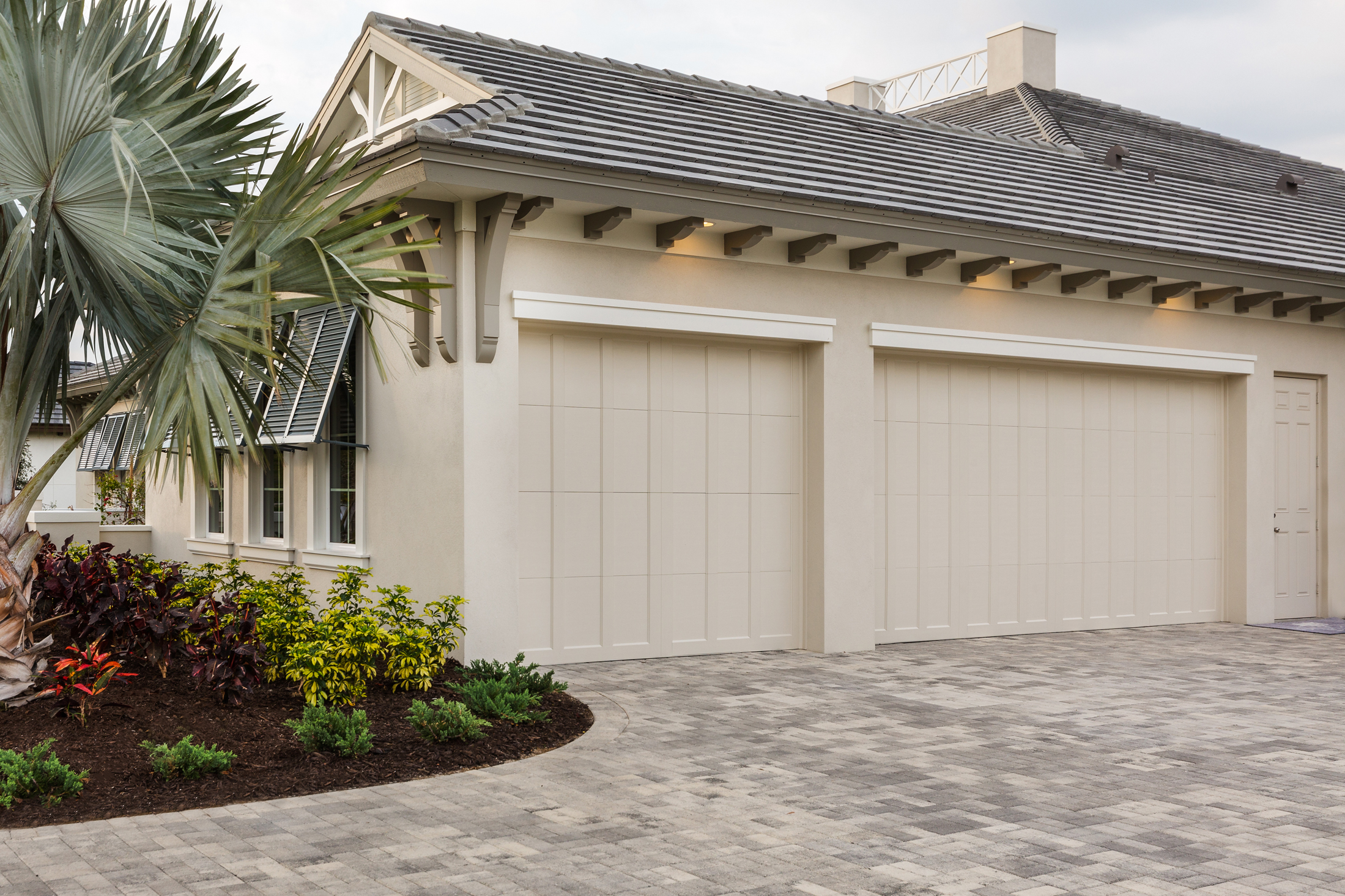 Clopay Grand Harbor D And D Garage Doors