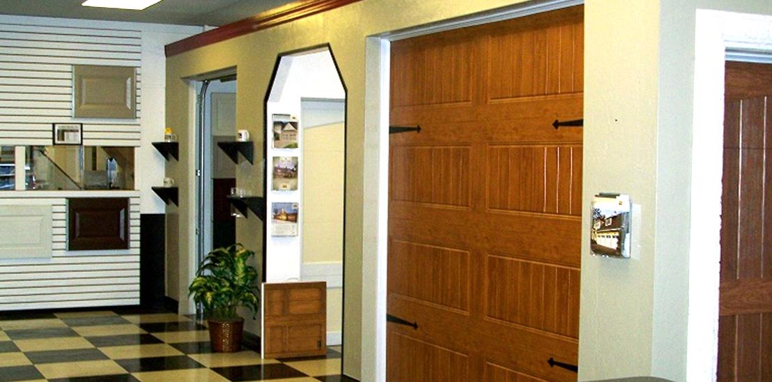 Sarasota corporate office d and d garage doors for Garage door repair bradenton