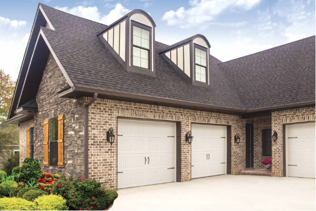 5 Garage Doors That Will Make Your Home Attractive And